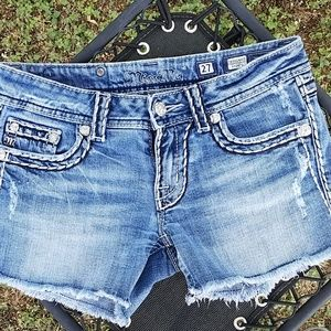 Miss Me Flap Pocket Jean Shorts Size 27